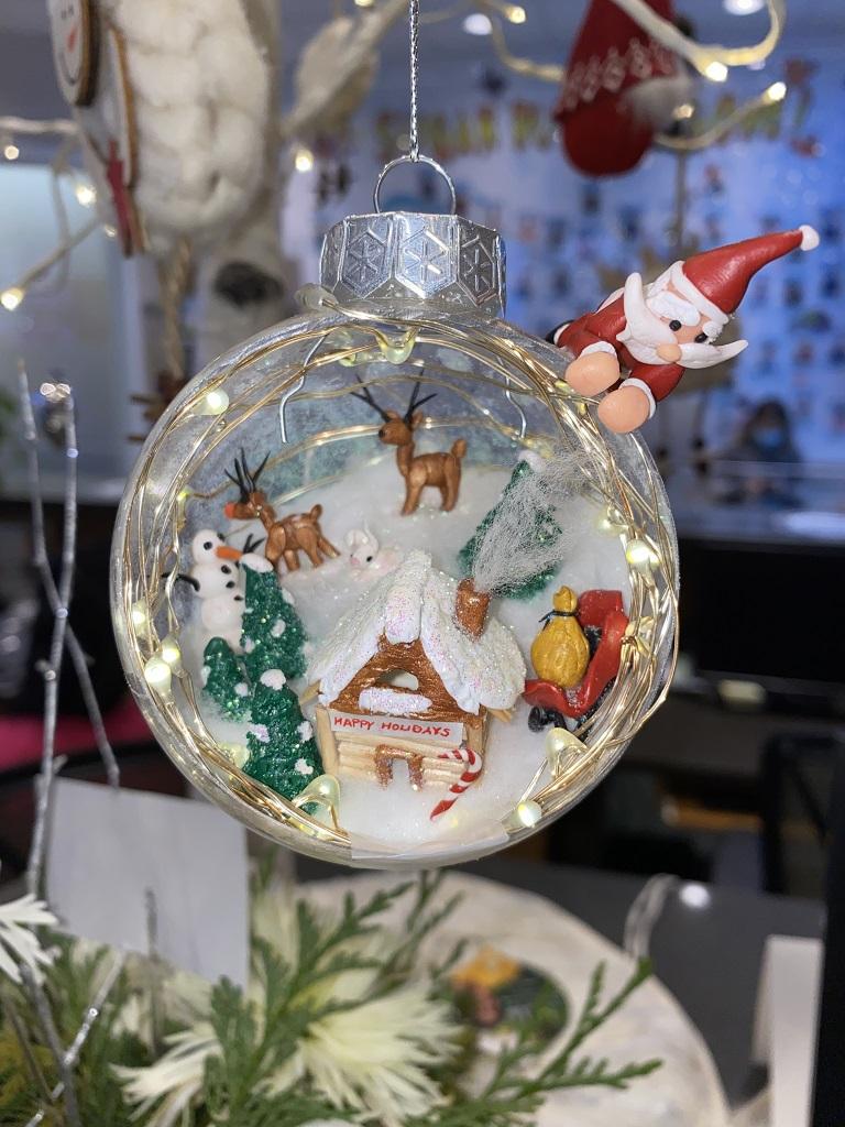 Staff Ornament Decorating Contest 2021